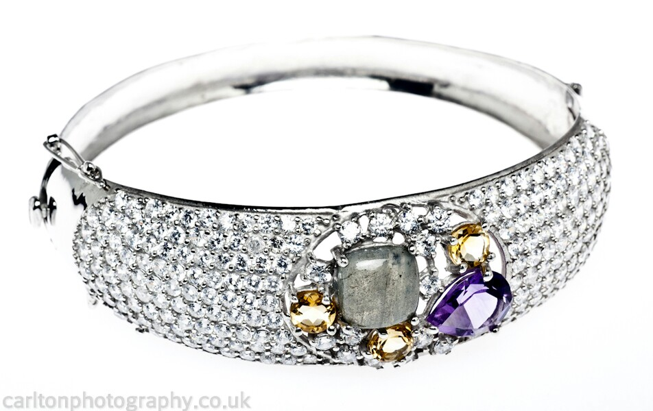 jewellery and product photography in macclesfield and manchester