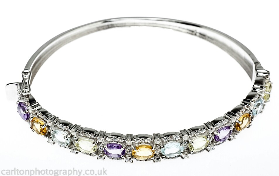 photography for jewellery based in manchester