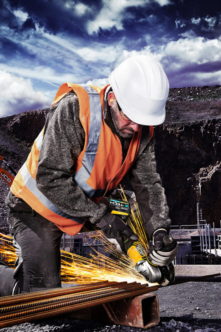 commercial-photography-on-location-for-jcb-tools