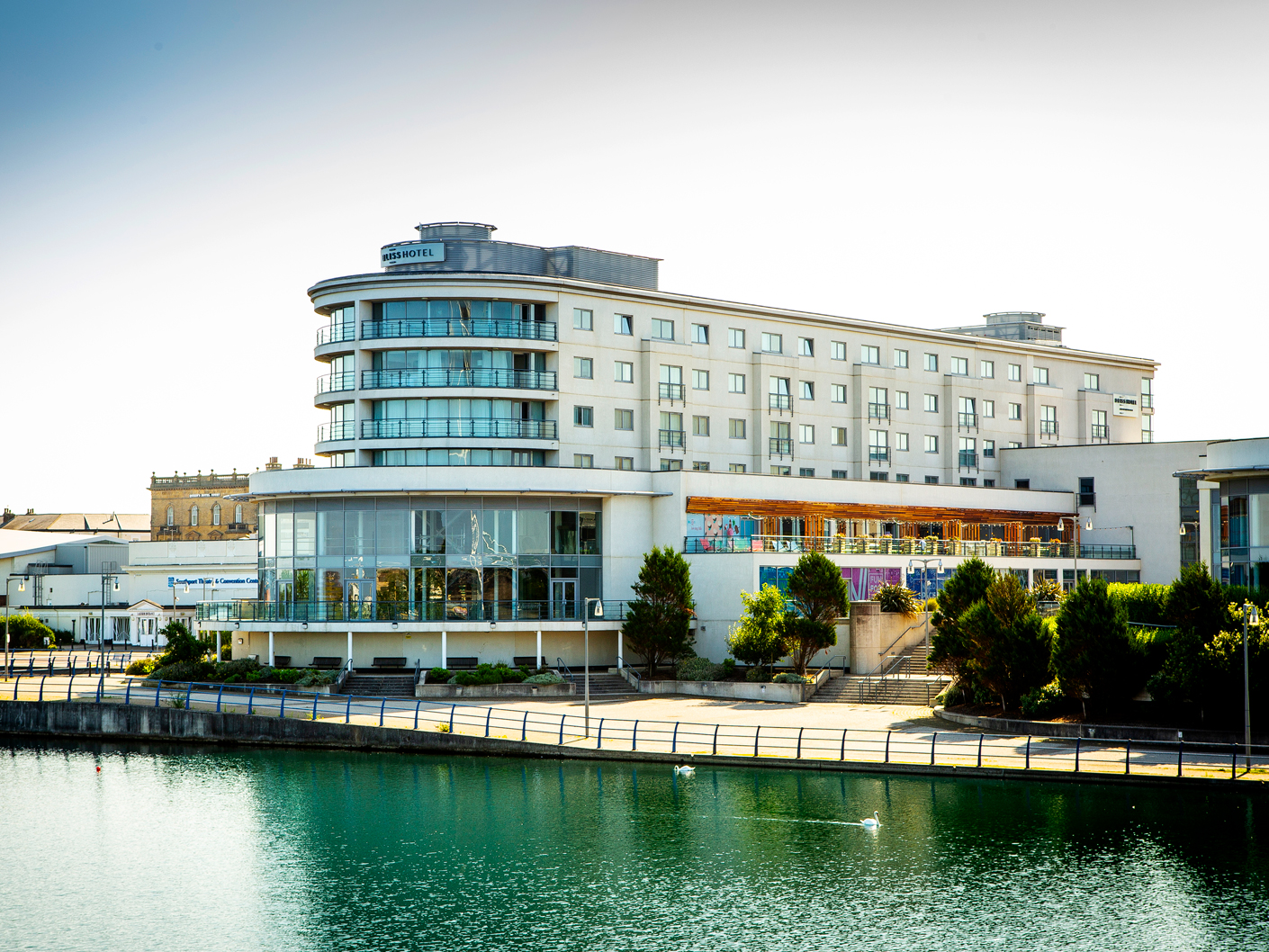 architecture-photography-og-the-bliss-hotel-southport